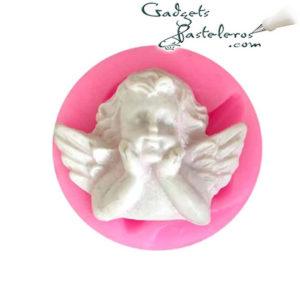 molde silicona angel apoyado en ambas manos
